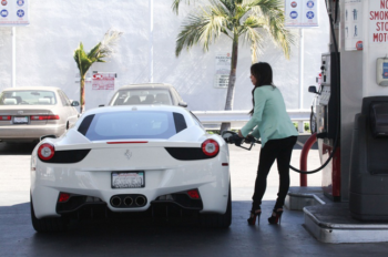 Kim Kardashian Ferrari